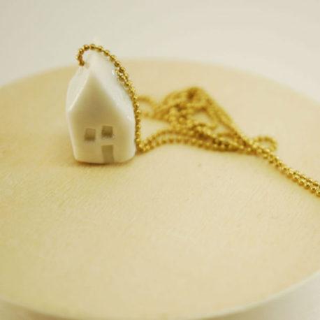 Sautoir maison en porcelaine émaillée